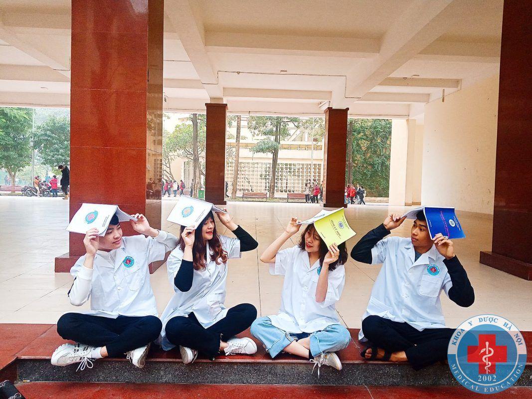 sinh viên khoa y dược