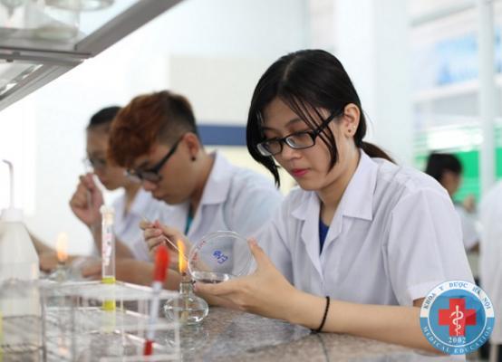 Tuyển sinh liên thông cao đẳng ngành dược