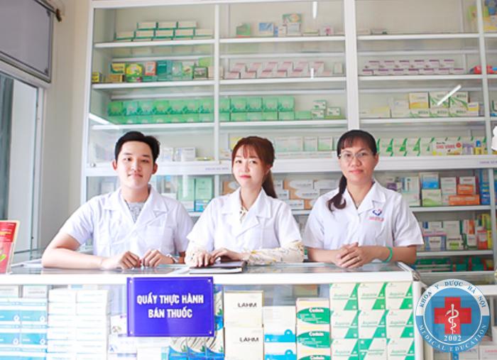 Đào tạo dược sĩ