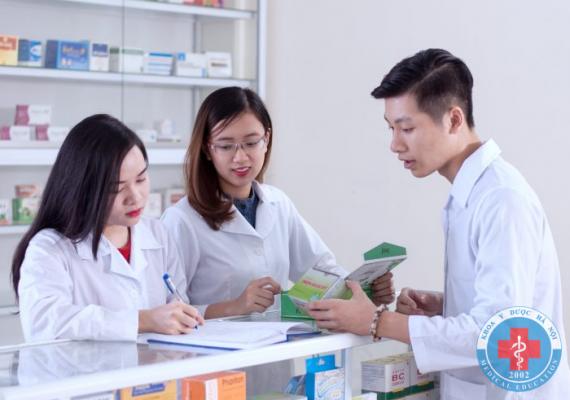 Cao đẳng dược mở nhà thuốc được không?