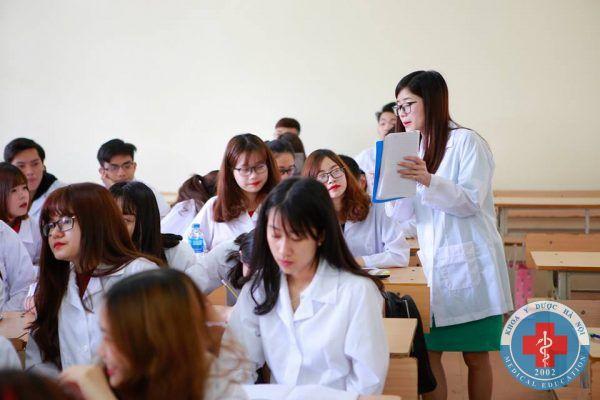 Giờ học của sinh viên