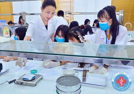 Cách thức đăng ký hồ sơ cao đẳng dược học tại khoa y dược Hà nội