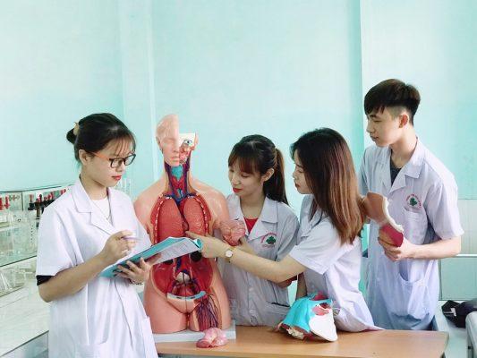 Học ngành điều dưỡng ở Hà Nội