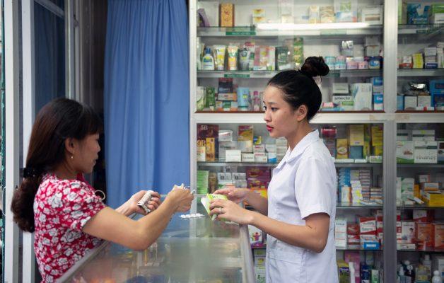 Bằng cao đẳng dược có được mở quầy thuốc