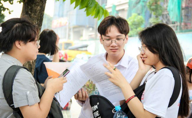 Một số trường thêm yêu cầu chứng nhận quốc tế