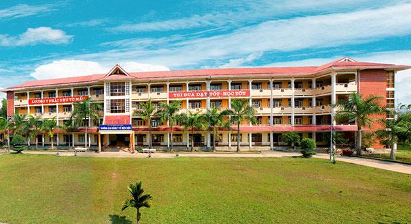 Khung cảnh trường Cao đẳng y tế Điện Biên
