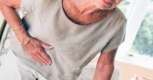 Nguyên nhân của bài tiết chống bài niệu ngoài tử cung ở người cao tuổi như thế nào?